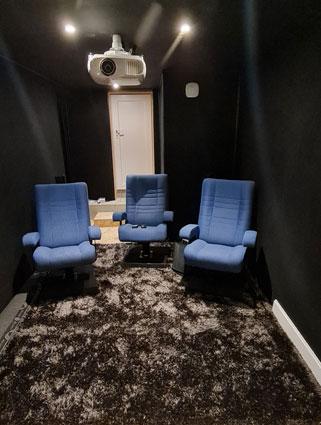 Home Cinéma avec enceinte et haut-parleurs Sonos